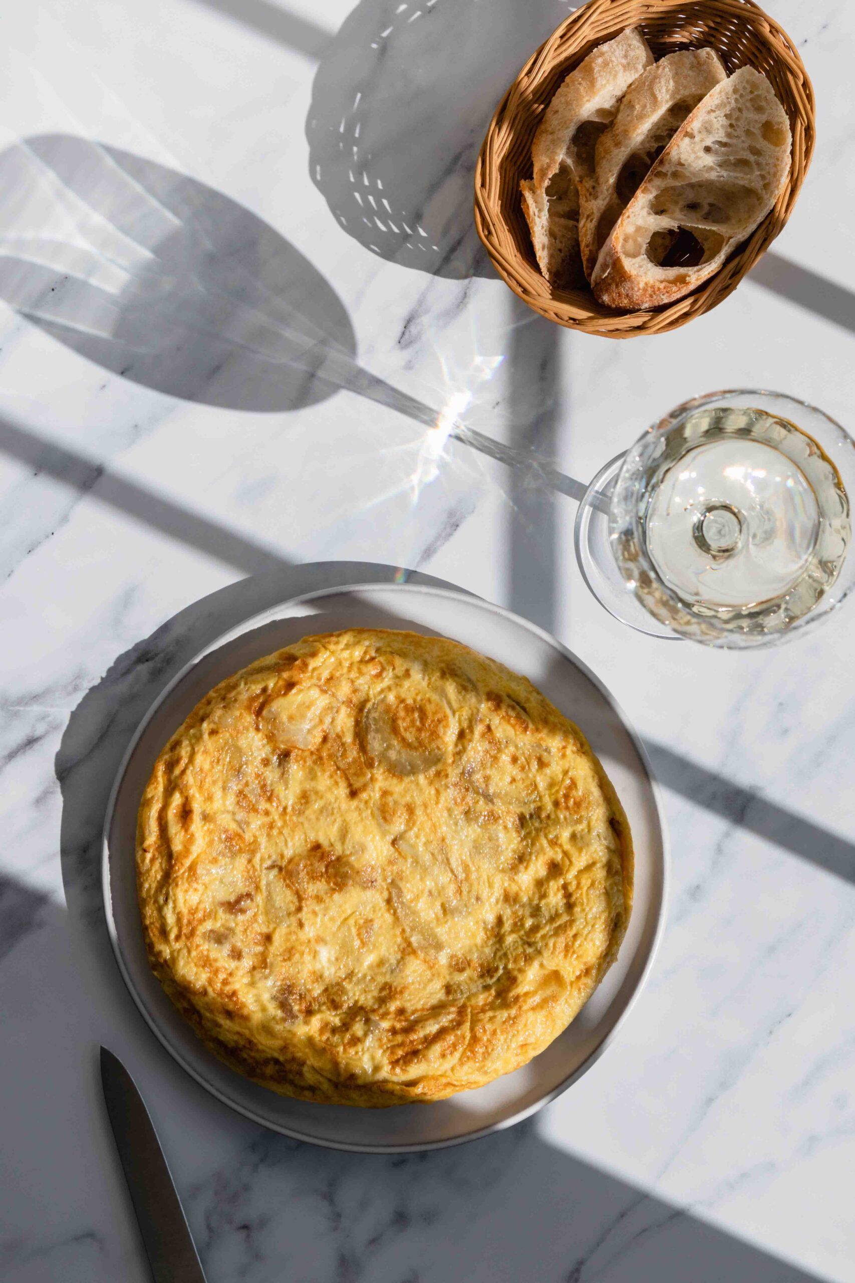 spanish tortilla with white wine and bread